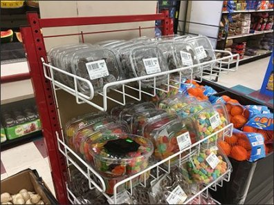 Freestanding Candy Open Wire Shelf Tower