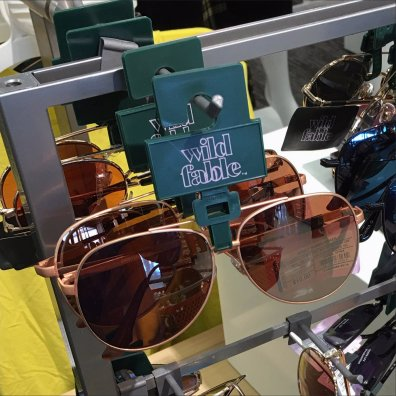Wild Fable Table Top Sunglasses Display Feature