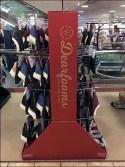 Dearfoams Corrugated Gondola Hook Display