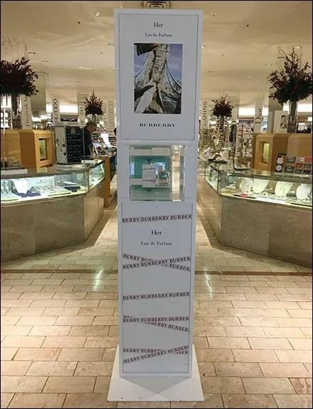 Burberry Her Perfume Mini Museum Case Tower