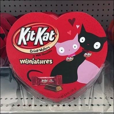 KitKat Hearts Valentine's Day Display Square2