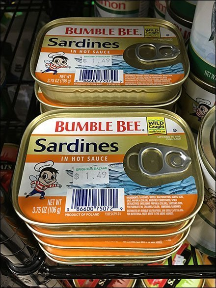 Bumble Bee Merchandising - Bumble Bee Sardines Hot Sauce Merchandising
