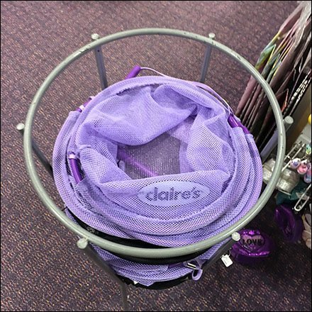 Claire's Circular Shopping Carry Freestanding Rack