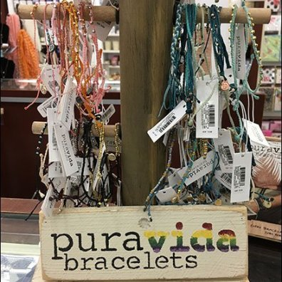 Puravida Bracelet Natural Tree Display