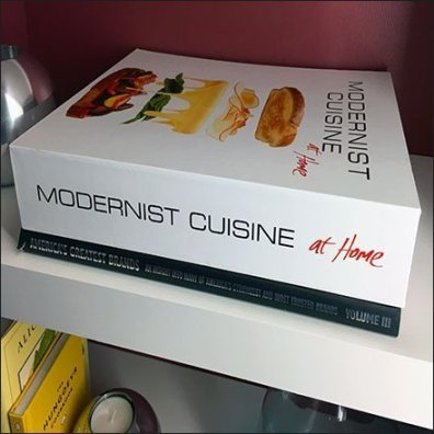Sub-Zero Showroom Cuisine Library Props