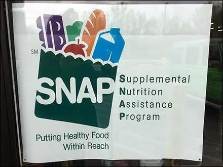 SNAP Store Entry Window Advisory Sign