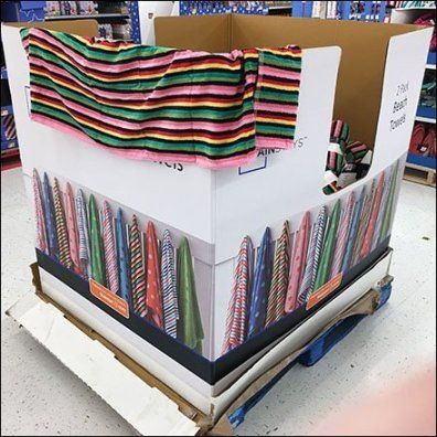Beach Towel Pallet Display Two-Fer