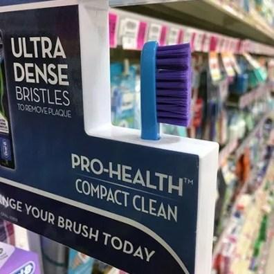 Oral-B Shelf Edge Toothbrush Differentiator 3