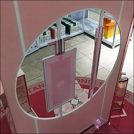 Idole Fragrance See-Though Display Design