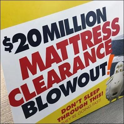Serta Mattress Clearance Table-Top Tent-Sign