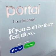 Facebook-Portal Pastel Endcap Display