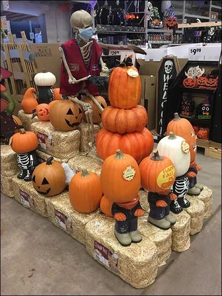 Halloween Hay Bale Runway Display