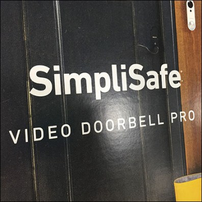 SimpliSafe Doorbell Pallet Display