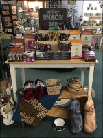 Doggy Snack Bar Display Outfitting