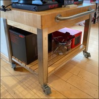 Crugxx Mobile Butcher-Block Display Stand