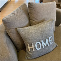 Loveseat Furnishings Pillow Prop