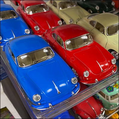 Toysmith Miniature Toy Acrylic Shelves