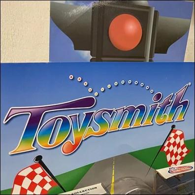 Toysmith Twin-Tower Miniature Toy Display