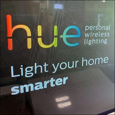 Hue Smart-Lighting Custom Display
