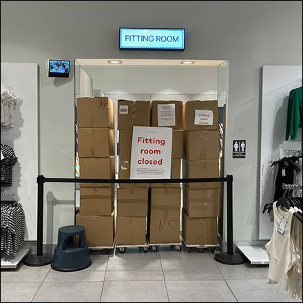 H&M Fitting Room Closed Barricade