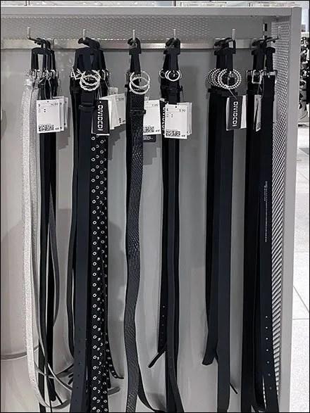 H&M Inline Bar-Mount Belt Display