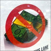 H+M No-Cash-This-Lane Checkout Sign