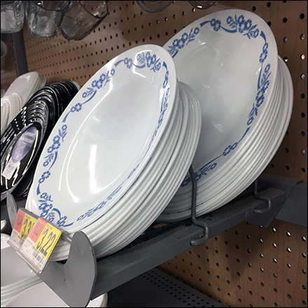 Bar-Mount Trays Tableware Merchandising