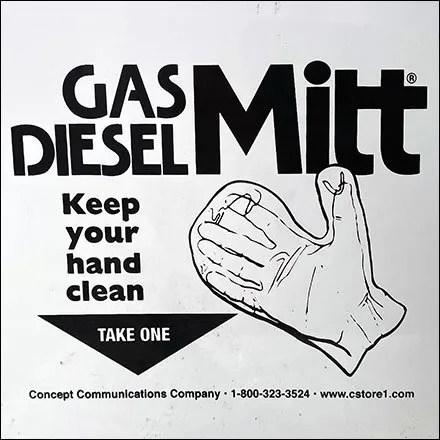 Keep-Your-Hand-Clean Gas Pump Mitt