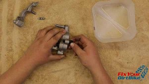 2009-2010 Honda CRF450r - Brakes - Install Slide Pin Boots