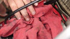 Top End Service - Part 1 - Cylinder Head Removal - Stuff Shop Towel