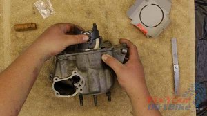1997 - 2001 Honda CR250 - Top End Service - Part 11 - Piston Installation - Push Piston Into Bottom Of Cylinder