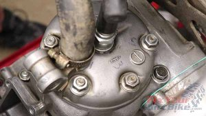 1997 - 2001 Honda CR250 - Top End Service - Part 13 - Cylinder Head Installation - Install Coolant Hose
