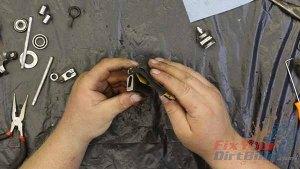 1997 - 2001 Honda CR250 - Top End Service - Part 8 - Exhaust Valve Inspection - Emery Paper
