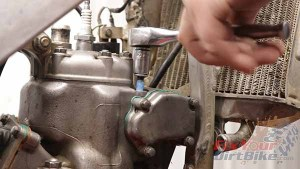 Top End Rebuild - Leak Down Test - Exhaust Valve Stopper Bolt Teflon Tape