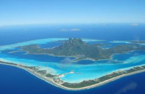 Stunning Photographs of Bora Bora