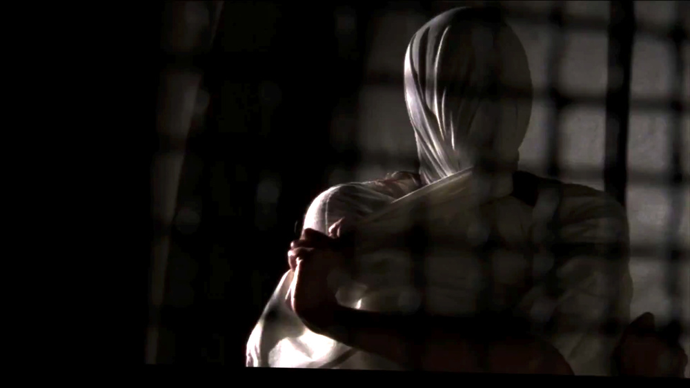 american-horror-story-behind-the-titles-featurette-10