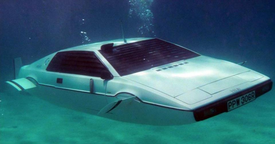 james bond submarine car