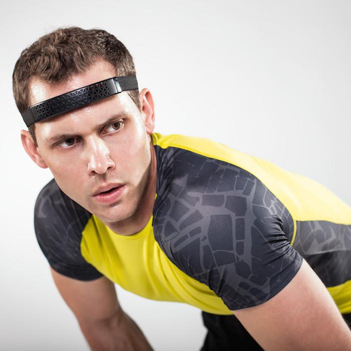 Spree-SmartCap-Fitness-Monitor-01