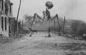 Aliens Inserted into WWI Footage