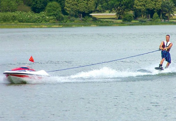 Unmanned Skier-Controlled Tow Boat