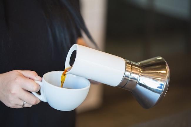 Joey-Roth-Blue-Bottle-Coffee-Moka-Pot-02