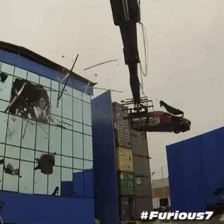 Behind the Scenes FURIOUS 7 Stunts Video