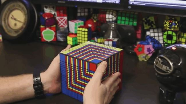 worlds largest Rubiks Cube
