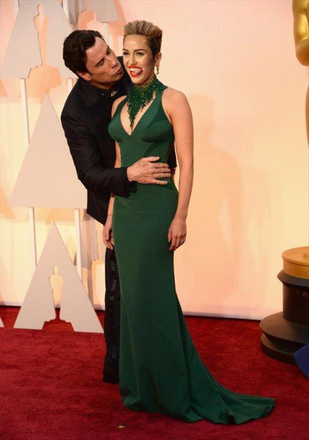 John Travolta's Creepy Kiss With Scarlett Johansson