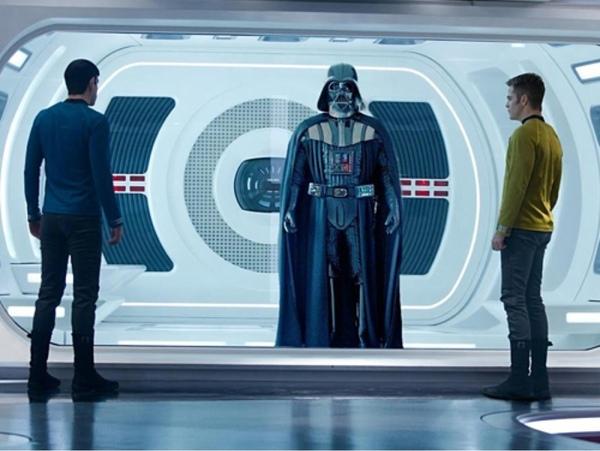 epic-star-wars-vs-star-trek-fan-made-trailer