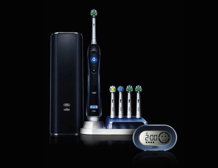 Black-Oral-B-Pro-7000-01