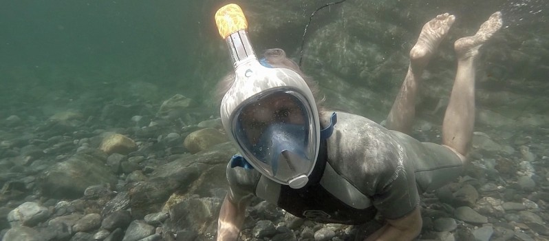 Snorkeling Mask Lets You Breathe Normally Underwater