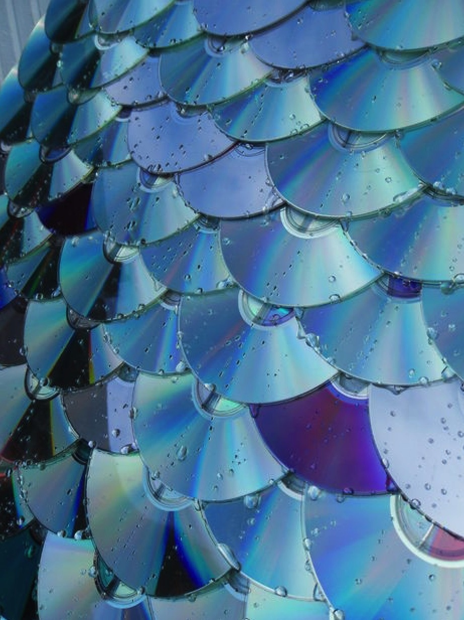16 Amazing Ways To Reuse Old CDs
