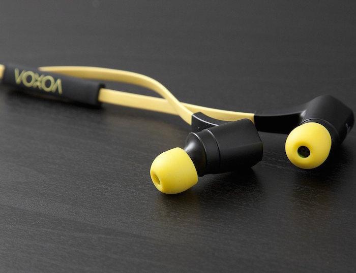 VOXOA-Sports-Wireless-Earphones-Sweatproof-and-Water-Resistant-01