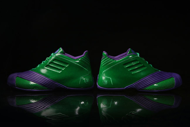 Avengers-Themed Basketball Shoes From Adidas